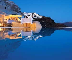 6 Nights in Santorini – Travelive