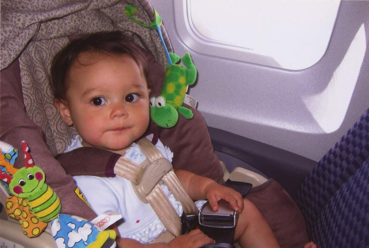 Travel expert Debra Schroeder shares tips on flying with a baby or toddler to keep your sanity and avoid irritating other passengers. https://www.travelingwellforless.com