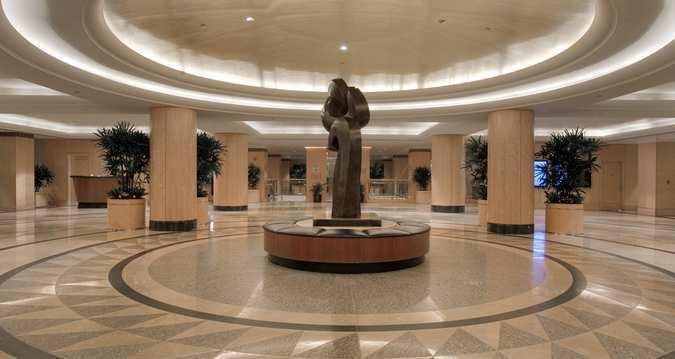 Hotel Review Hilton New York Lobby