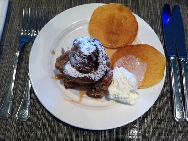 Fairmont Chateau Laurier Breakfast Cinnamon roll and pancakes