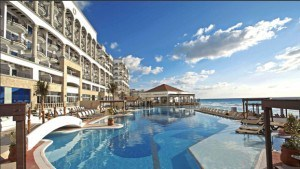 Using Hyatt Points to stay at all-inclusive hotels hyatt zilara cancun