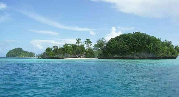 Palau Photo by Peter Binter via Wiki