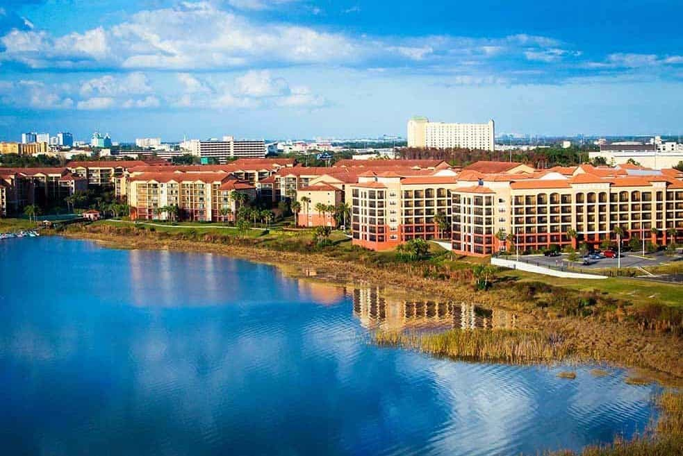 Westgate Lakes Resort, Orlando Floria, free vacations for military families, Traveling Well For Less