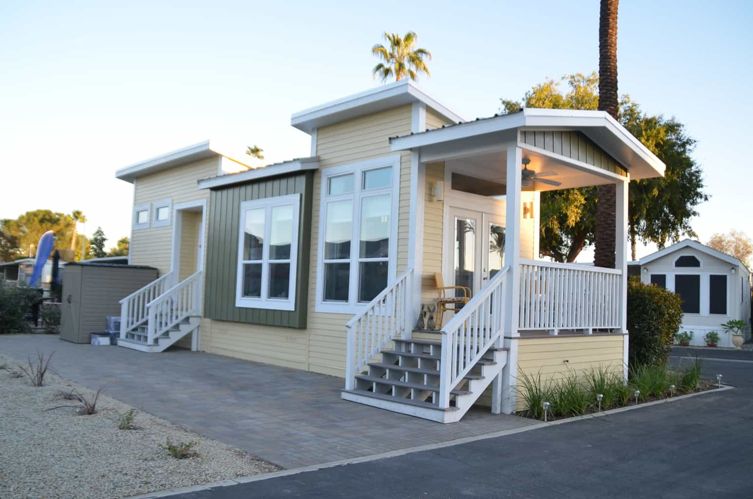 Review Golden Village Palms Rv Resort This Ain T Your