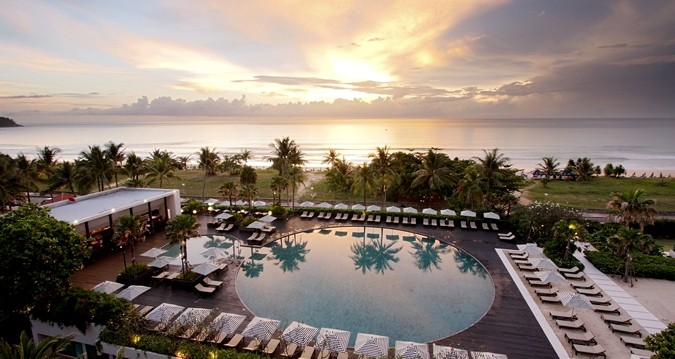 85,000 points gets you 4 nights at the Hilton Phuket Arcadia Resort and Spa, amex surpass 85,000 point, Traveling Well For Less