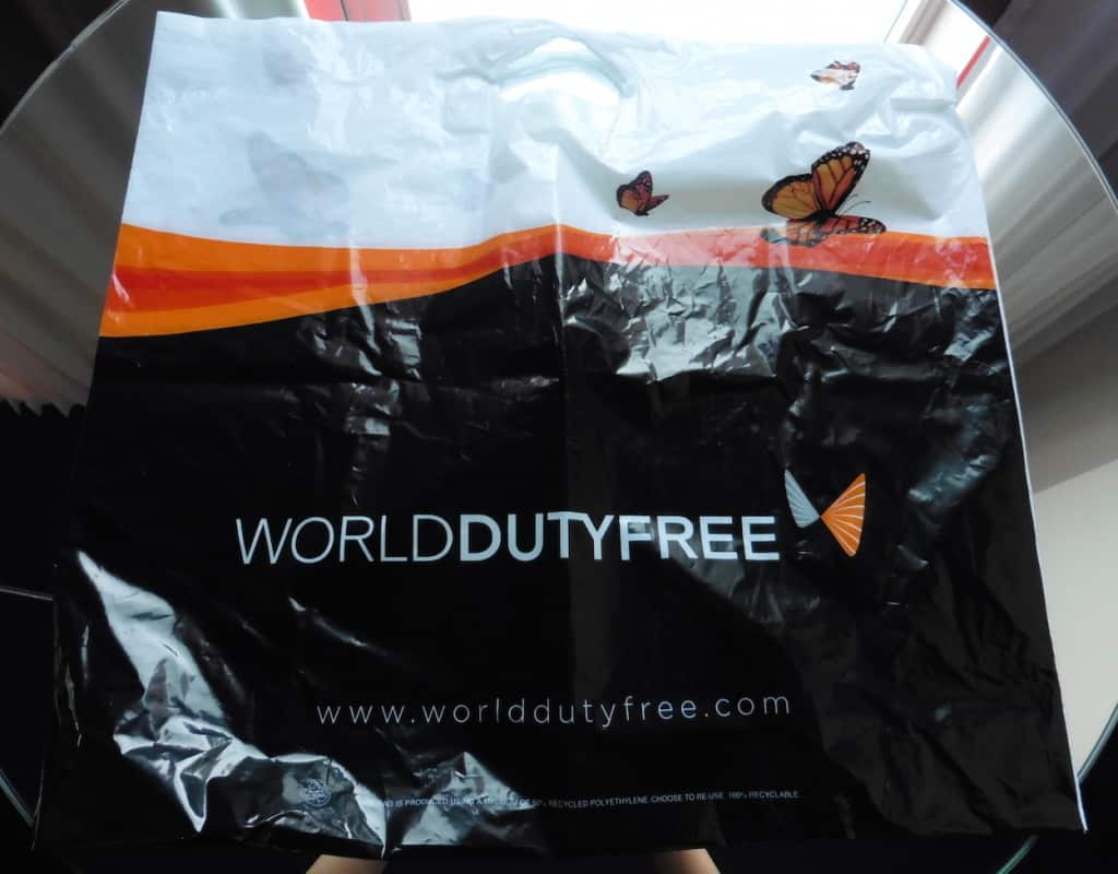 shopping at the duty free shop means you won't have to pay baggage fees, how to avoid baggage fees on easyJet, Traveling Well For Less