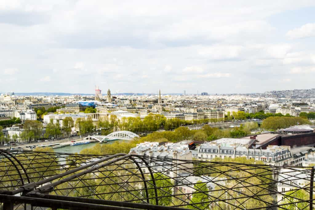 Enter to win a 4 night trip to Paris for 6 people that includes sleeping in the Eiffel Tower Apartment. TravelingWellForLess.com