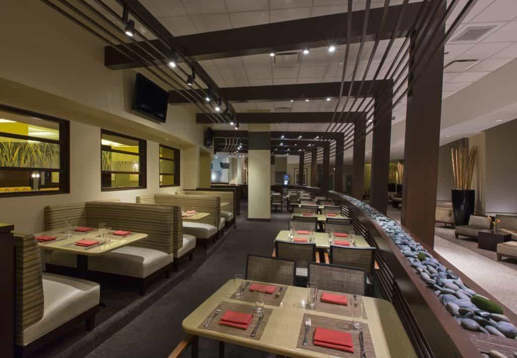 American styled restaurant at the Hyatt Regency McCormick offering a seasonal based menu. TravelingWellForLess.com