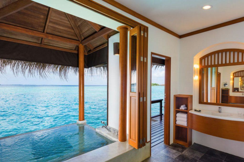 You'll save 1/4 the points by staying at the Sheraton Maldives Full Moon Resort & Spa than the St. Regis or the W