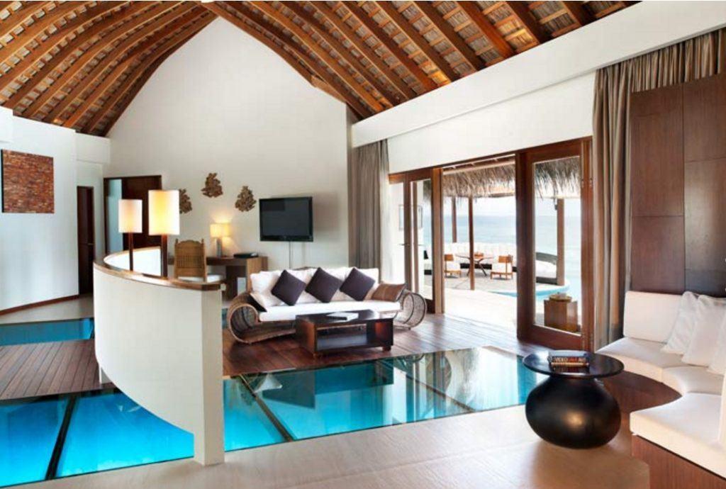 W Maldives WOW Ocean Haven Living Room. TravelingWellForLess.com