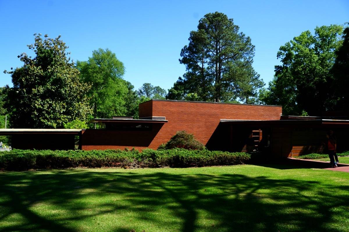 The Frank Lloyd Wright Rosenbaum House is the only Usonian designed building by Wright in Alabama. | 25 reasons to visit Florence, Alabama | TravelingWellForLess.com