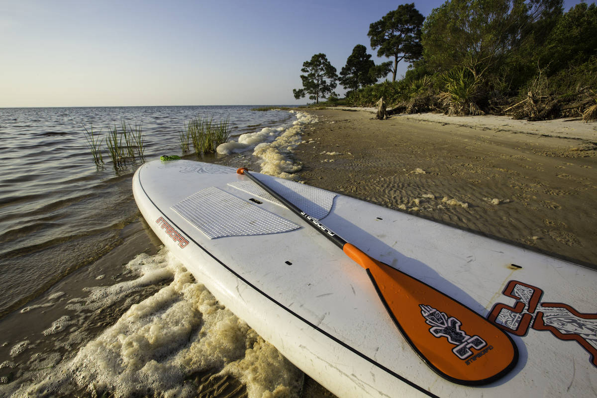 Paddle boarding and other activities in Gulf County Florida, Port St. Joe during a Florida beach vacation. #ad #GCFLnofilter