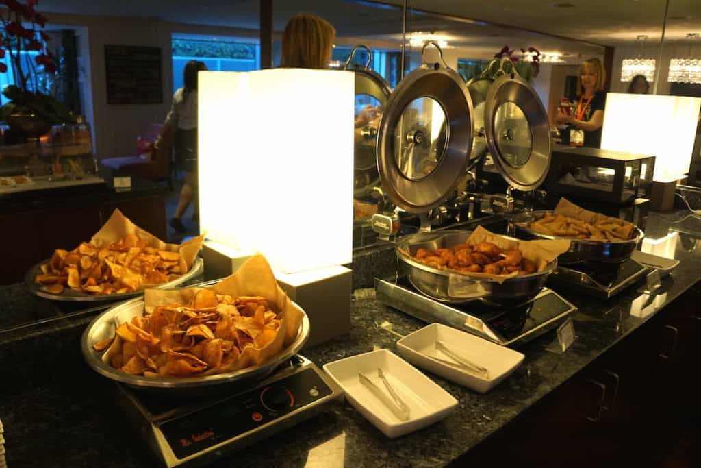 The JW Marriott Los Angeles LA Live Executive lounge offers small bites and appetizers. https://www.travelingwellforless.com