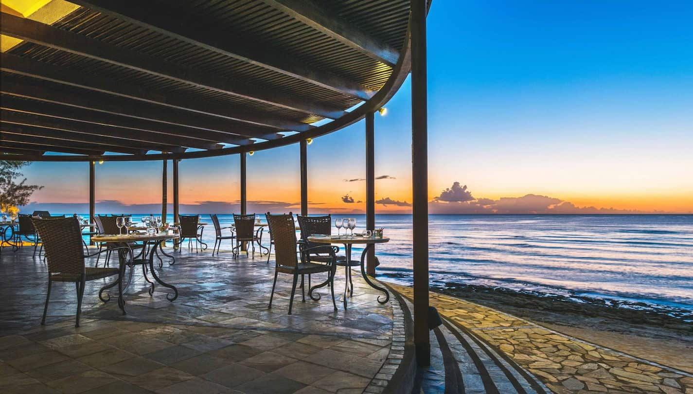 With 35,000 points you can get 5 free nights at hotels like Le Meridien ile Maurice | travel tips | travel hacks | TravelingWellForLess.com