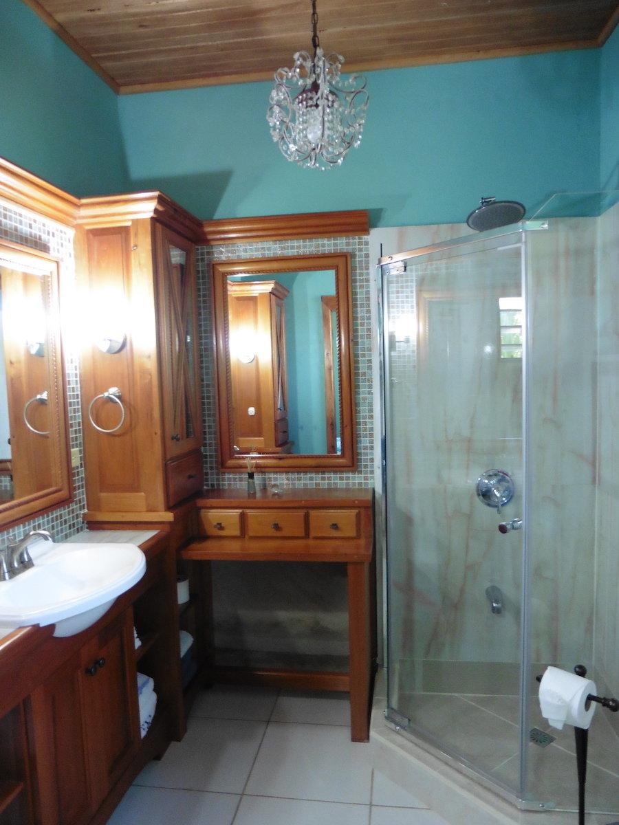 Master Bathroom Aliana's San Ignacio, Belize | Airbnb | Central America
