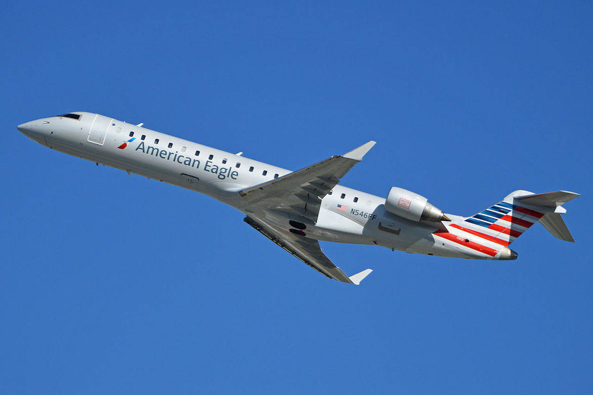 Fly from San Diego to LAX on American Eagle. Traveling Well For Less