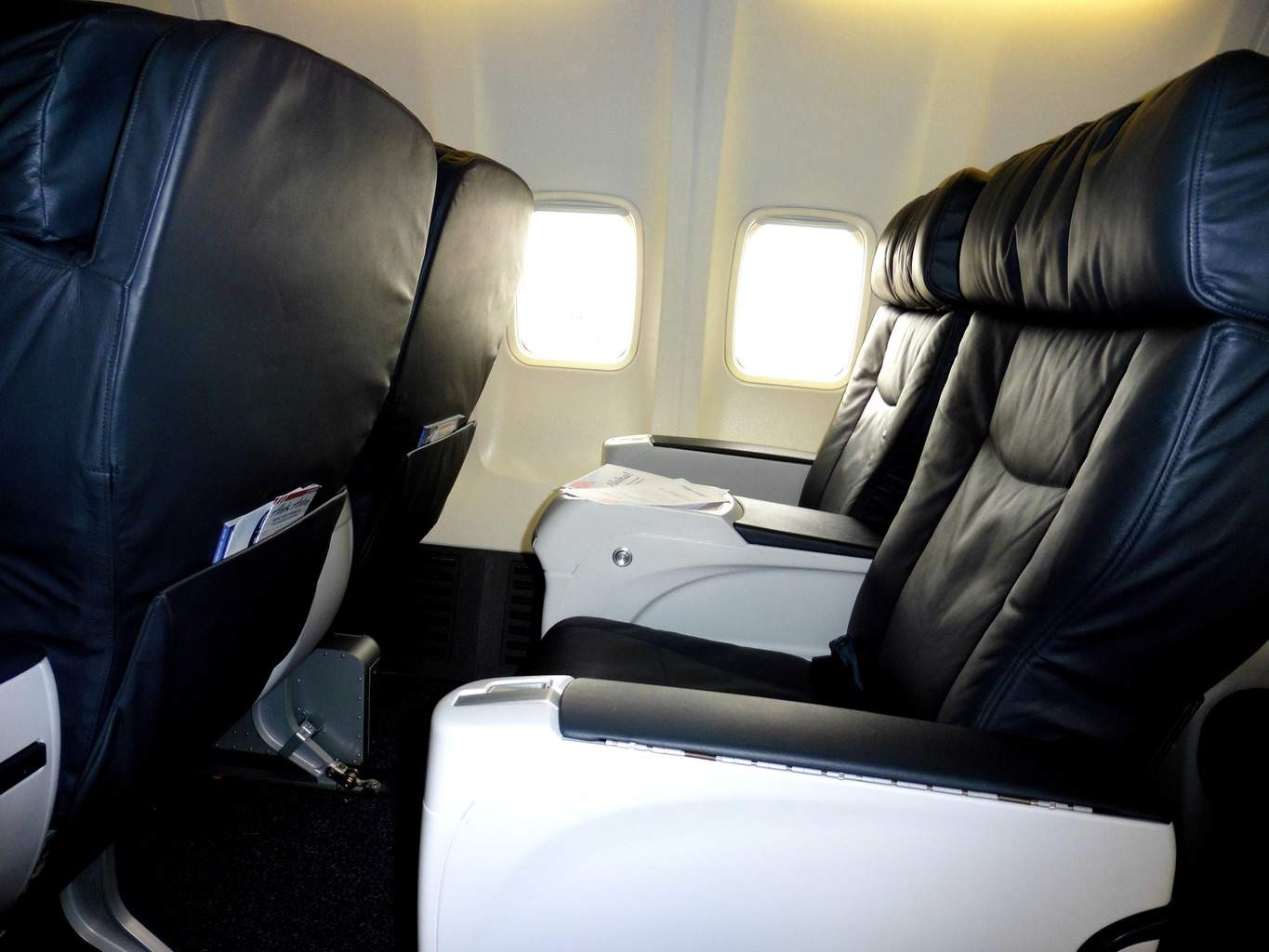 First Class on Alaska Airlines to Hawaii for $5.60. Travel hack a trip to Hawaii. | travel hacking | TravelingWellForLess.com