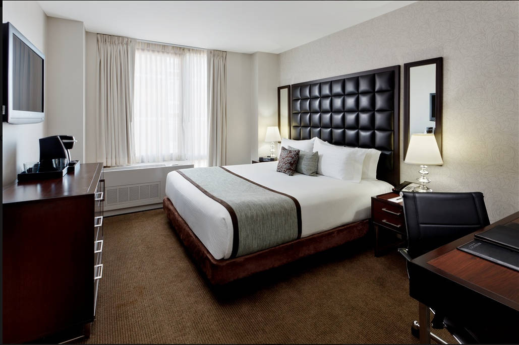 Save hundreds of dollars when you buy choice points to stay at the Distrikt Hotel New York on New Year's Eve. TravelingWellForLess.com