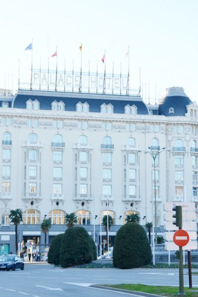 Centrally located and within walking distance of the Prado, the Westin Palace Madrid offers luxury accommodations for less. | Madrid | Spain | Starwood hotels | TravelingWellForLess.com