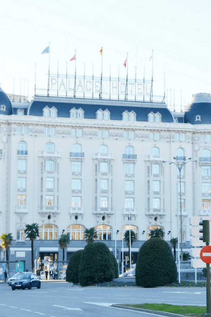 What girl hasn't dreamed of sleeping in a palace? I stayed at the Westin Palace Madrid for free and you can too. It's close to everything including the Prado Museum. | Madrid | Spain | Europe | luxury hotels | Starwood | TravelingWellForLess.com