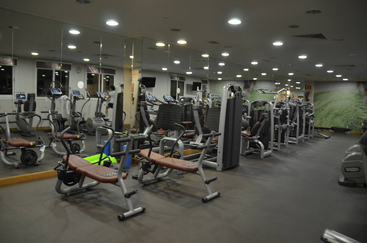Open 24 hours, the Westin Workout Fitness Studio has 5 treadmills, 3 stair steppers, a seated bike, free weights and nautilus equipment. TravelingWellForLess.com