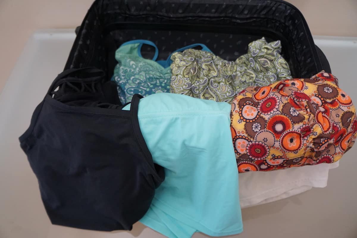 prAna clothes are lightweight. You can pack more without worrying about tipping the scale. | #carryonbag #singlebag #sustainableclothing #TravelprAna #prAnaSpring18 https://www.travelingwellforless.com