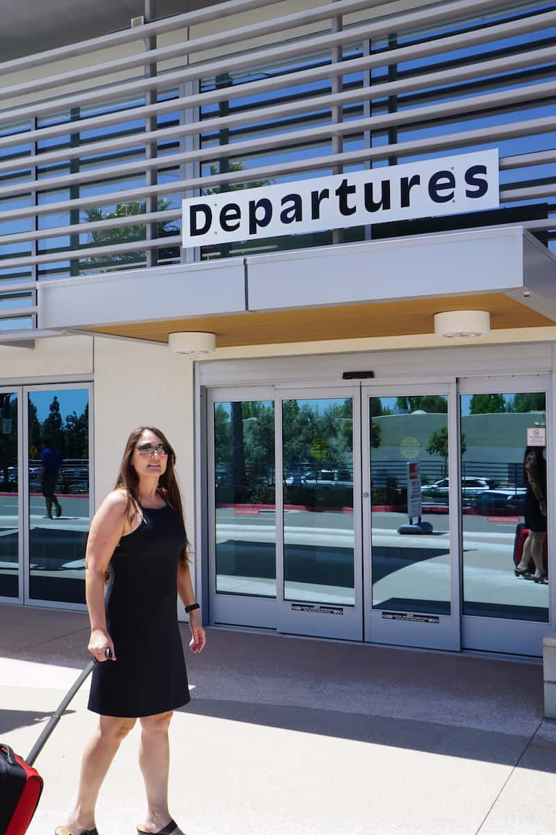 On warm days I love wearing the Ardor dress on flights. It's a great take on the little black dress (LBD). | #carryonbag #singlebag #sustainableclothing #TravelprAna #prAnaSpring18 https://www.travelingwellforless.com