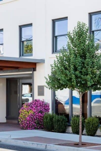Planning a visit and looking for where to stay in Lynden? Or need a stop on your way to or from Canada? Whether you're looking for a luxury stay for less or a bed for the night, here are the best places to stay in Lynden. #lynden #washington #travel #hotel https://www.travelingwellforless.com