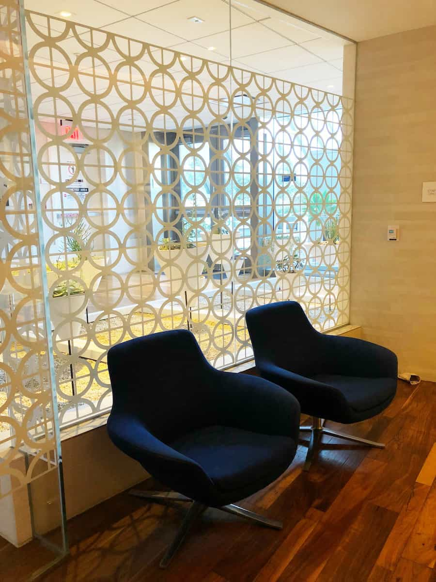 waiting area for the shower suites Star Alliance Business Class Lounge LAX
