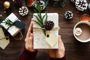 Ultimate Holiday Gift Guide for Travelers