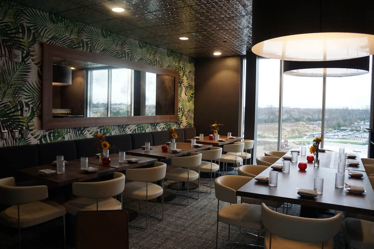 Want a more intimate setting for dinner? VASO Rooftop Lounge offers a private dining room that seats 25. | Dublin, Ohio | Columbus | Spanish food | where to eat in Columbus | TravelingWellForLess.com