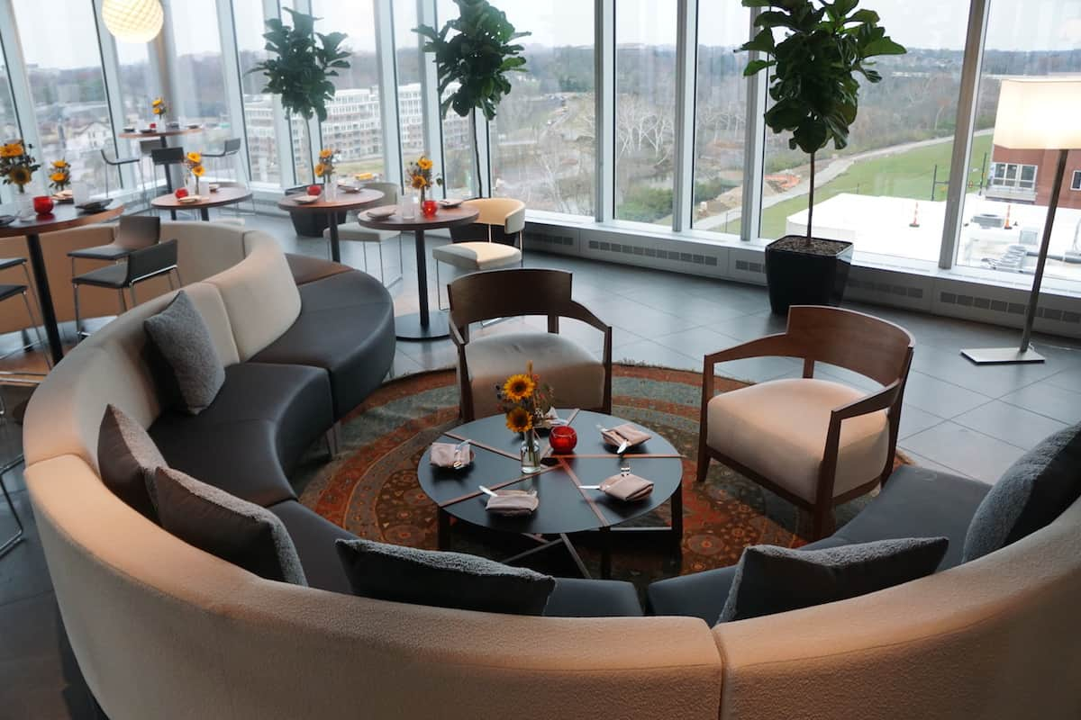 VASO Rooftop Lounge: Come for the Views, Stay for the Food