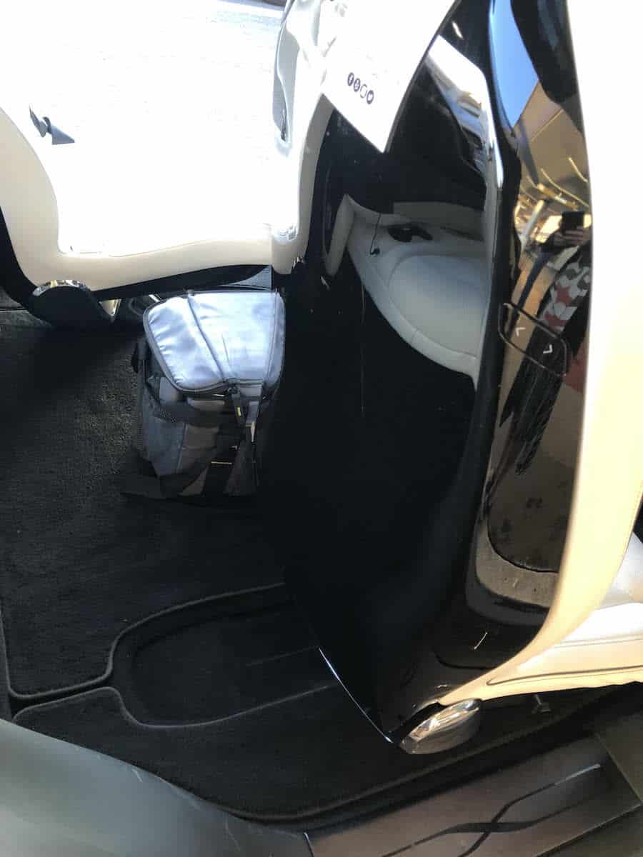 There's one negative about the front seat. You can't reach the healthy snacks. You have to ask someone in the back to get something for you. | Review: Tesloop San Diego to LAX | how to get to LAX from San Diego | https://www.travelingwellforless.com