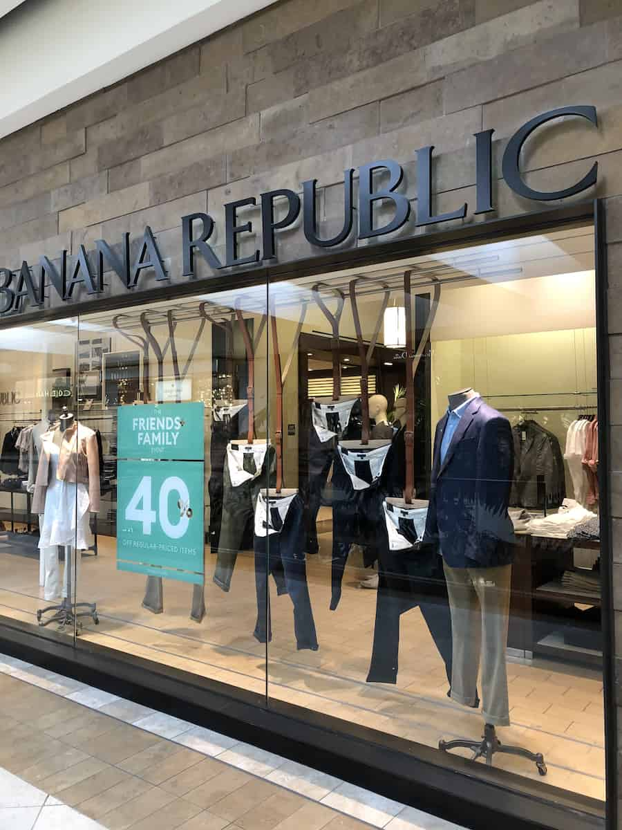 Sale at Banana Republic at South Coast Plaza, one of the best things to do in Costa Mesa