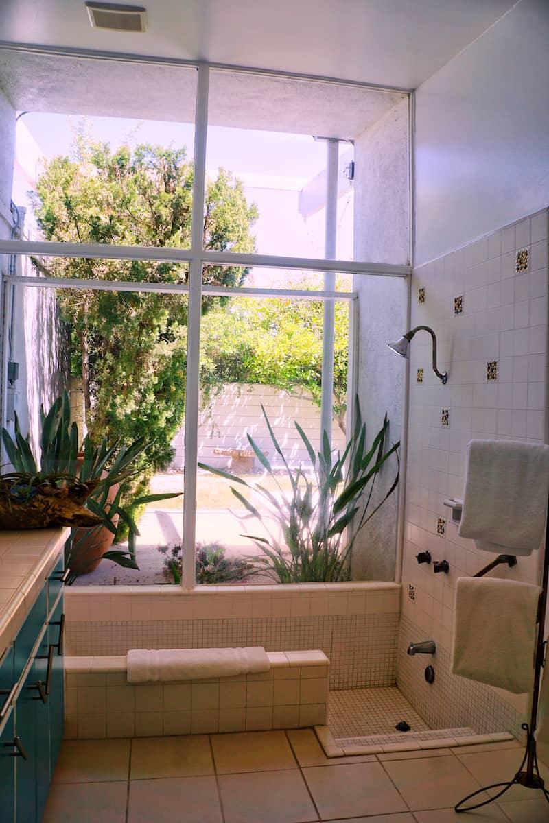 Roman tub with floor to tub windows