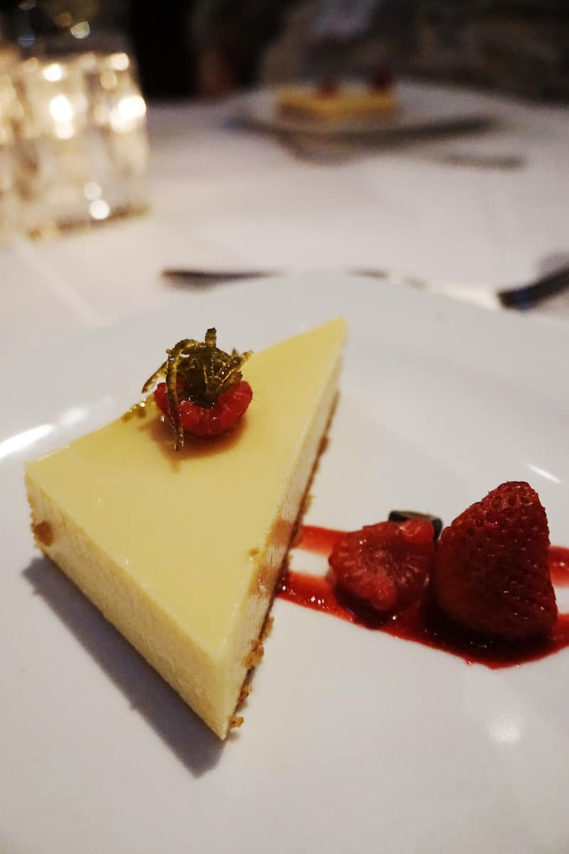 lime pie with raspberries