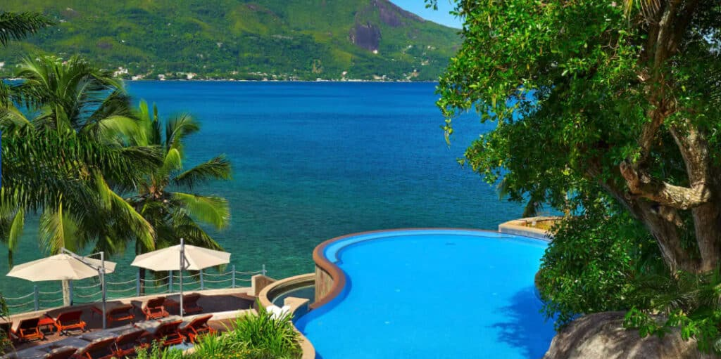 infinity pool in paradise hilton seychelles northolme resort