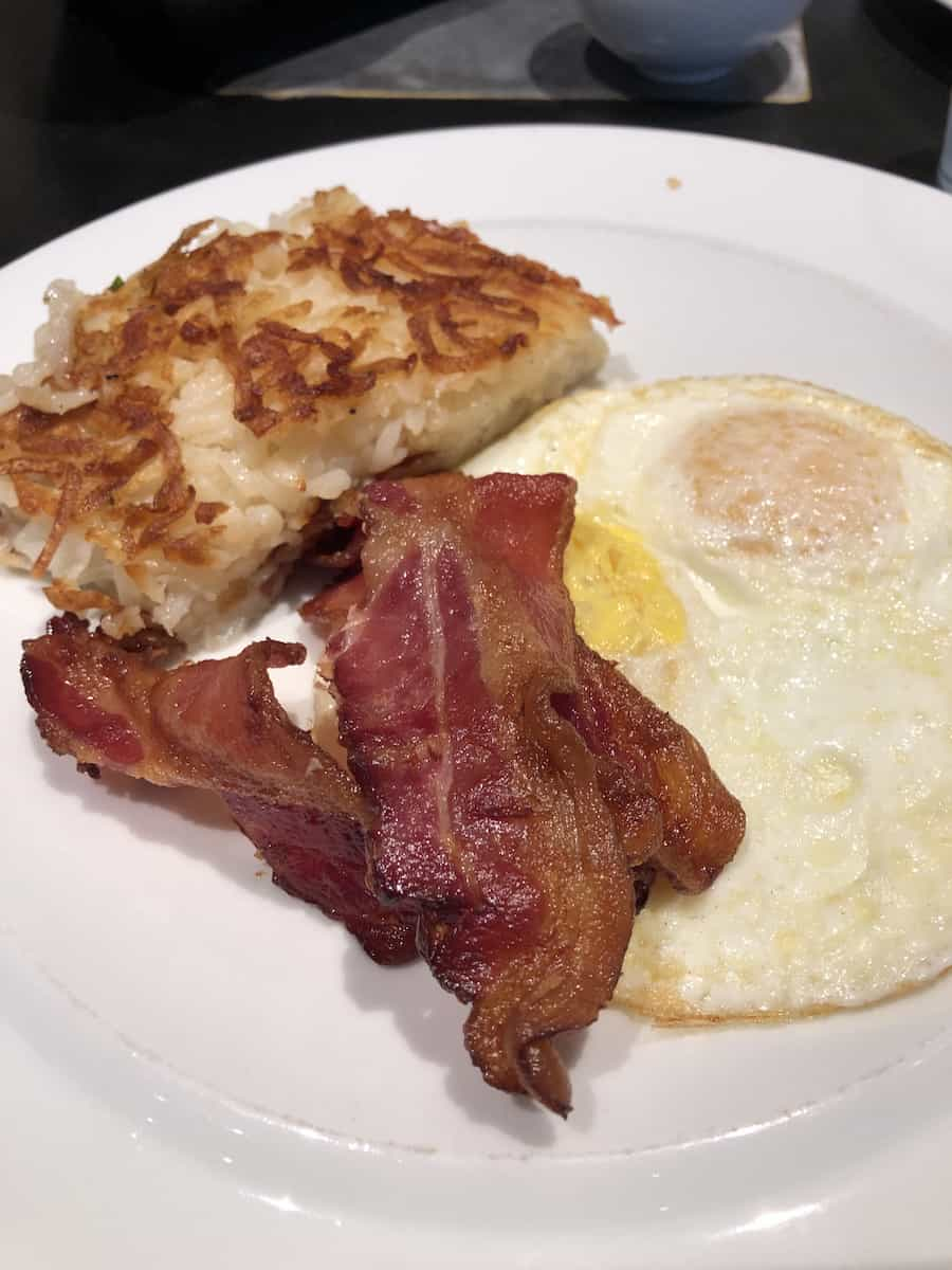 eggs, bacon, and hash browns
