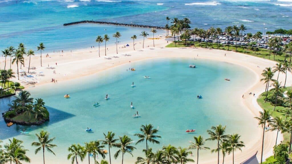 Paradise Bay, Hawaii