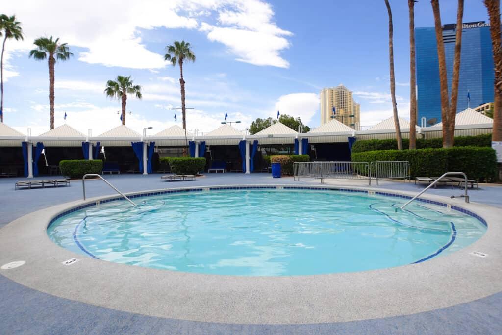 large round hot tub at Las Vegas hotel pool