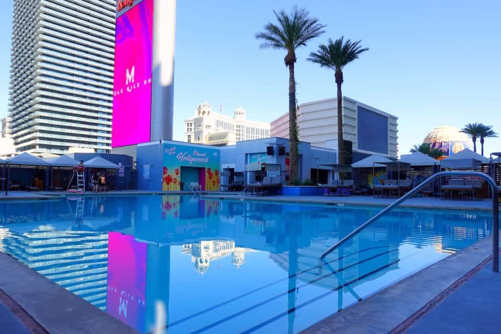 adult only las vegas pool Planet Hollywood Las Vegas south pool