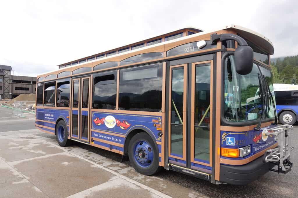 Breckenridge Main Street Trolley, free downtown trolley