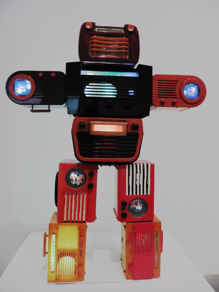 robot sculpture made from radios at Tate Modern London