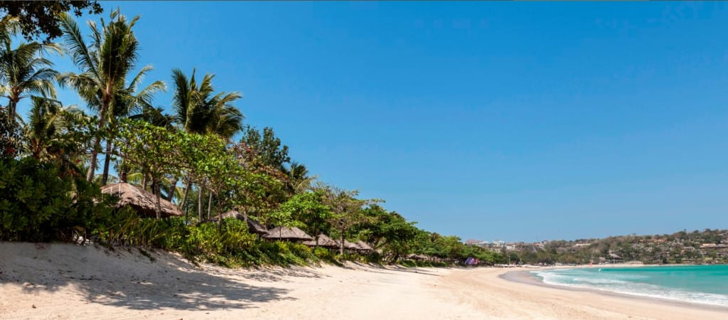 Intercontinental Bali Resort, free hotel wi-fi, Traveling Well For Less